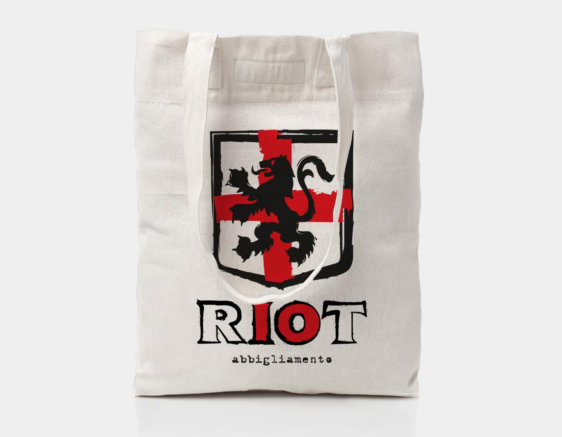 Shopper in tessuto per i 10 anni di Riot